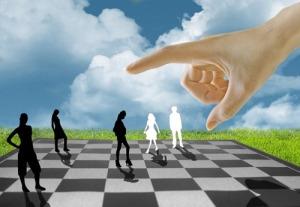 human_chess_by_indigomidnight-d34yaex