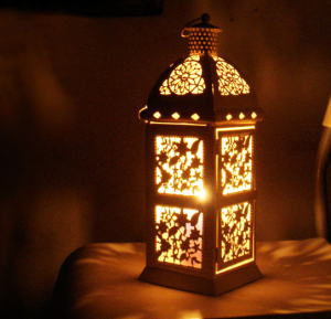 free-shipping-fashion-metal-candle-holder-iron-lantern-wedding-gift-candle-table-home-decoration-gift-farol